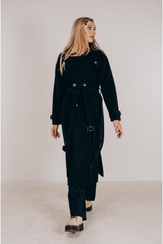 Пальто длинное с распорками по бокам в чёрном цвете.