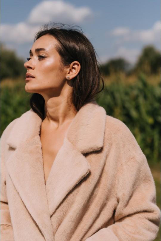 Шубка из пальтовой норки Valentir со спущенным плечом