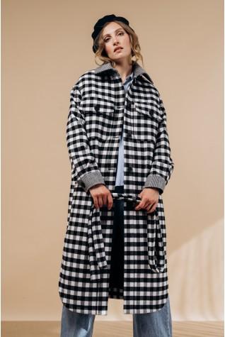 Пальто-рубашка длинное с поясом. В черно-белую клетку с серыми манжетами.