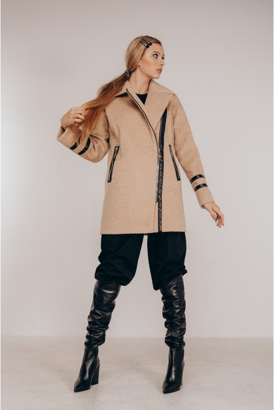 Пальто женское Valentir из экомеха альпаки на молнию