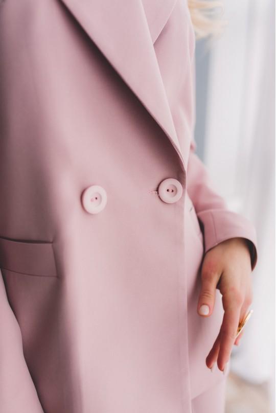 Костюм с пиджаком свободного кроя