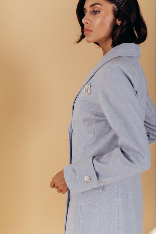 Пальто патами на рукавах полуприталенного силуэта с шалевым воротником