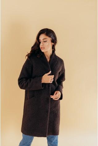 Пальто из букле со спущенным плечом на кнопках темный шоколад