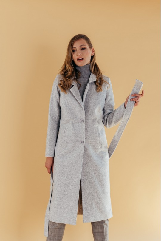 Пальто длинное прямого силуэта под пояс
